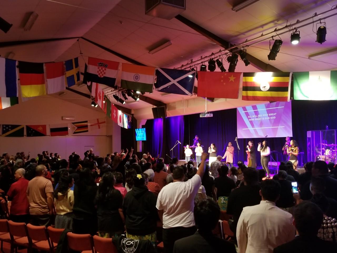 뉴질랜드 침례교 다민족 연합 찬양예배.jpg
